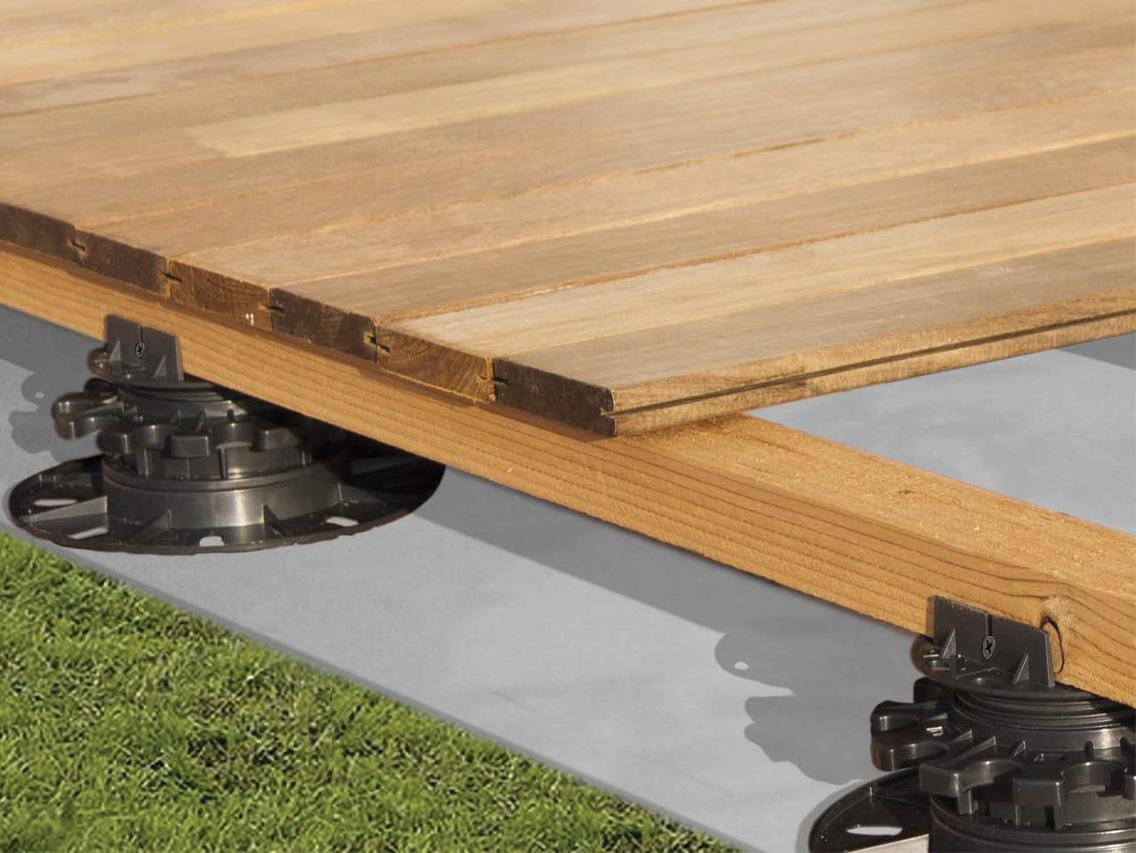 Deck supported on StrataRise Pedestals